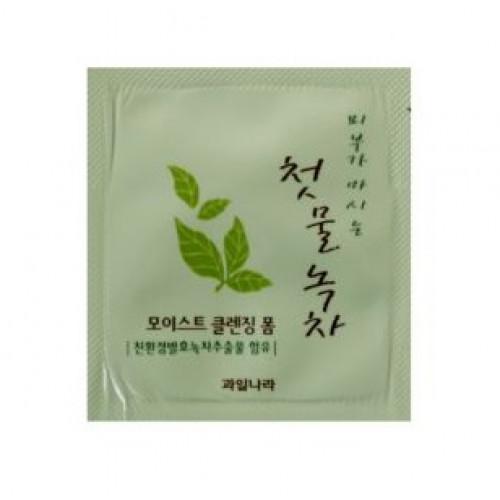 Welcos Пенка для очищения Green Tea Moist Cleansing Foam (пробник)